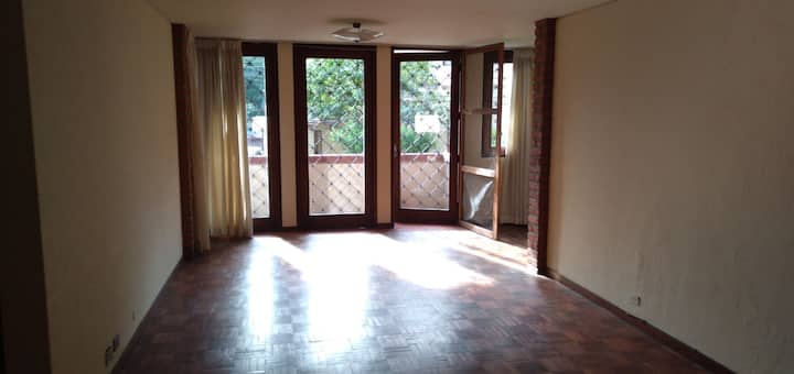 Nice and bright 3 rooms apartment in North