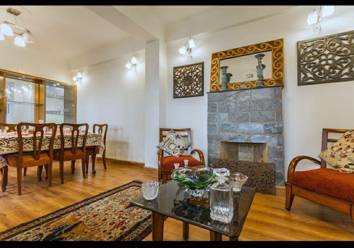 Whitney Cottage, Private Hilltop Luxury Shimla 💛