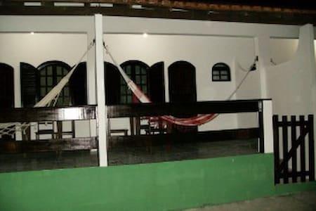 Und.4 - Dunas do Peró em Cabo Frio-RJ.