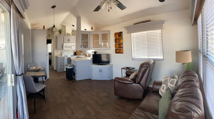 Arizona Tiny Home in Resort Location