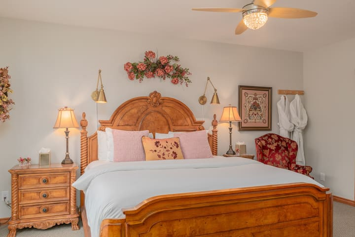 Wildwood Canyon Inn-Alpen Rose Room