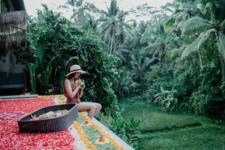 #1BR Valley villa w/Private Pool in Ubud.
