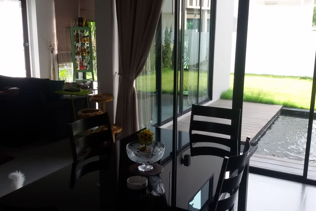 Dining room and terrace pond