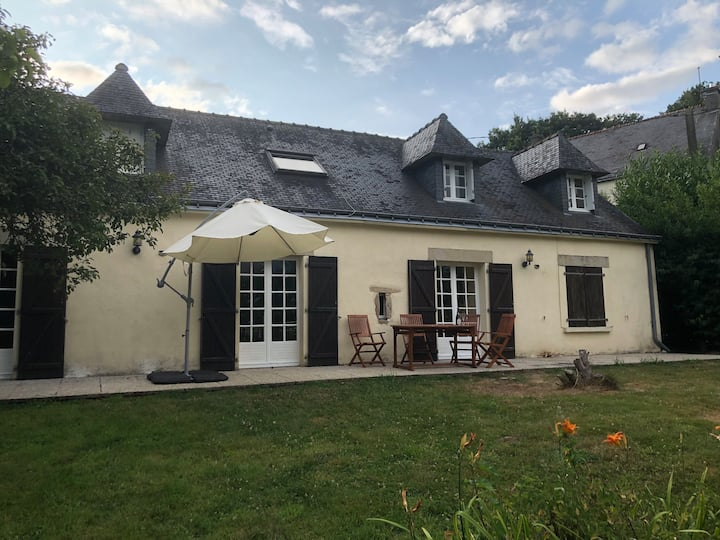 Kerrach - Lovely cottage in the heart of Brittany.