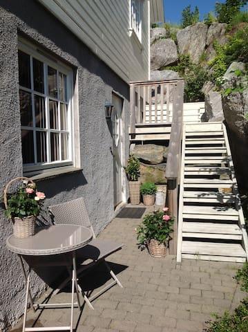 Fullt møblert 2-roms. Sentralt i Asker. - Asker - Lägenhet