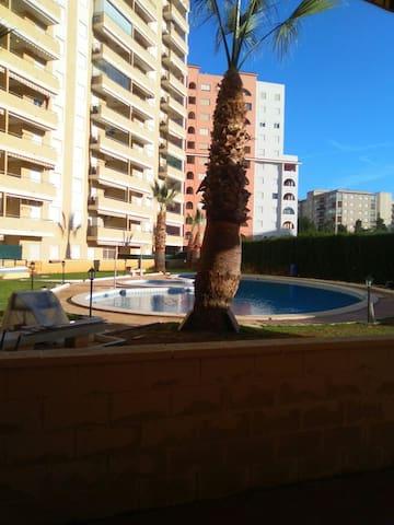 Apto. con terraza y piscina cerca de las 2 playas - Oropesa del Mar