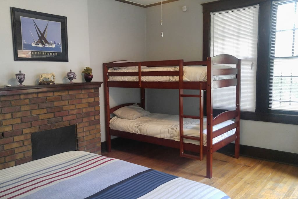 If you are bringing your family, they'll enjoy the comfy bunk beds close to mom and dad. The bunk beds have a weight limit of 165 pounds per level.