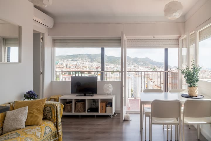 Apartment Sitges, pool & garden, fully renovated