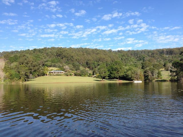Idyllic paradise 35min from Brisbane city. - Clear Mountain - บ้าน