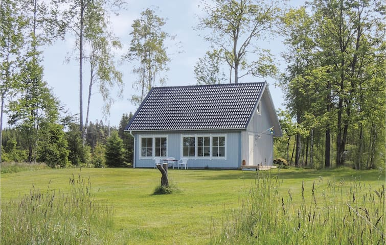 Holiday cottage with 1 bedroom on 67m² in Hyltebruk