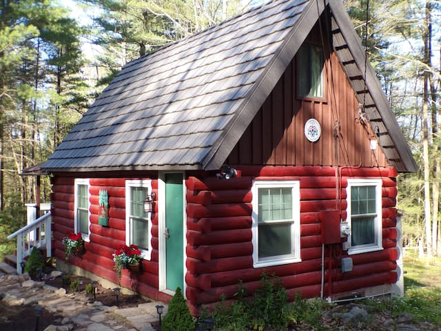 🌲Norwegian Cottage in the Poconos-Latest pics 5/17