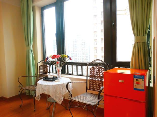 蜗牛假日酒店公寓(精品大床房) - Dongguan - Serviced apartment