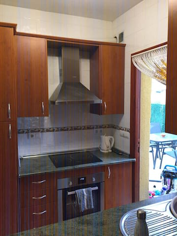 Fully fitted kitchen with new oven, hob and microwave.