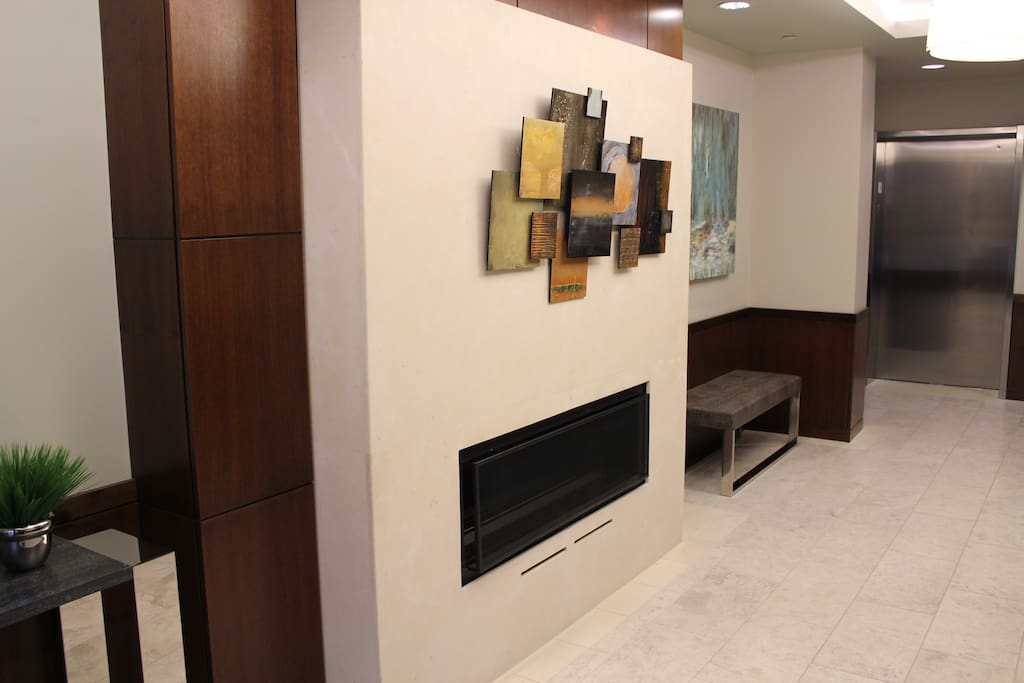 Lobby with Concierge