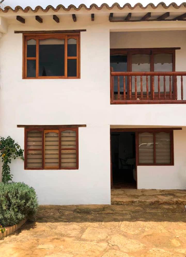 Apartamento confortable para familias/amigos Villa