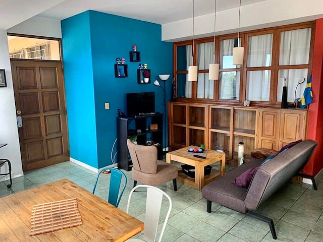 Comfortable and friendly space near Airport