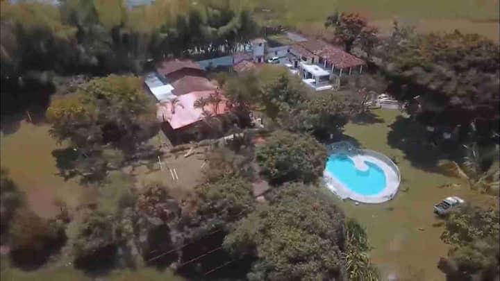 Villa El Amparo