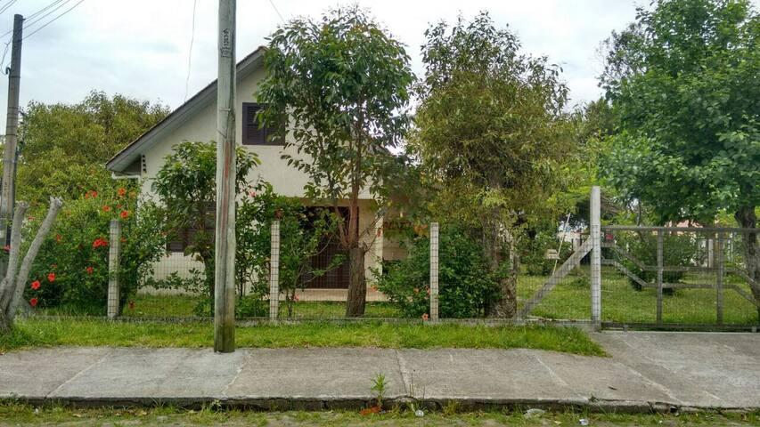 Casa em figueirinha - Arroio do Sal - House