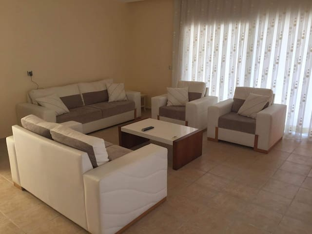A&J Apartments  4 bed duplex with a roof terrace