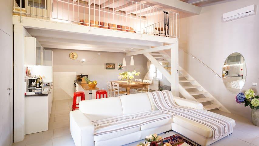 casa  con piscina e posto auto esclusivo gratuito - Capannori - Talo