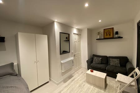 Modern Studio in London