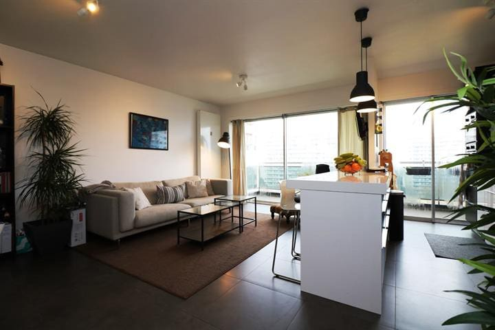 Modern apartment with terrace in Brussels - Woluwe-Saint-Lambert - Huoneisto