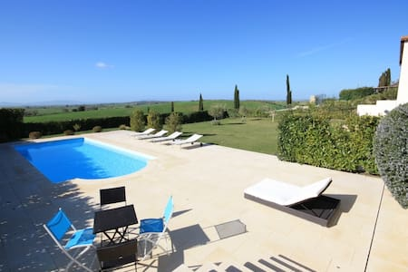 Exclusive Villa with pool - Tarquinia