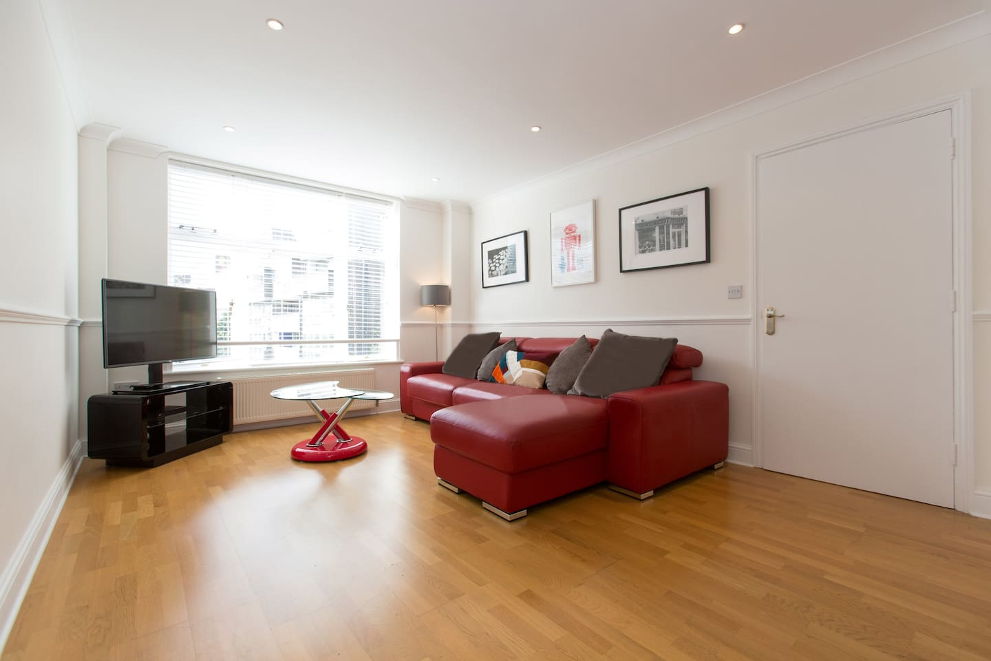 luxury 2 bedroom central city flat zone 1 apartments for rent in