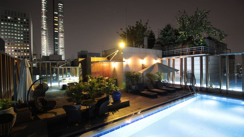 Central Rooftop Double Room @Gangnam by Grammos