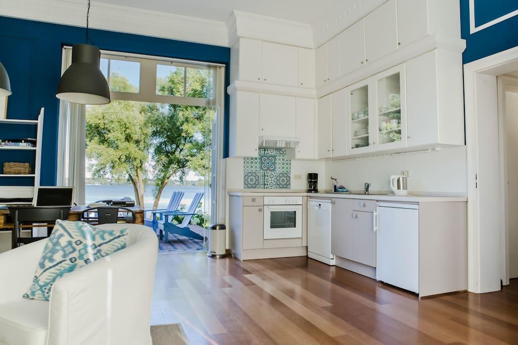 Küche im Wohn/Essbereich