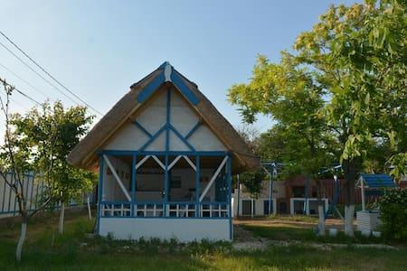 Sailors Guest House Jurilovca. Danube Delta House