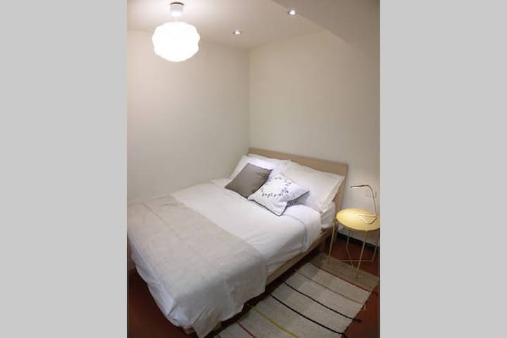 Cozy, Clean Studio O - 2min walk from Ximen MRT