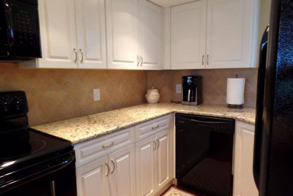 High End Kitchen/Appliances