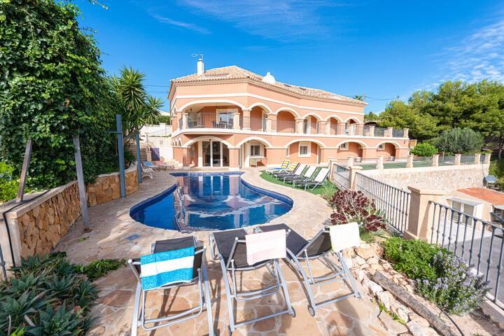 Large villa/ Desinfeccion Certificada y Delivery