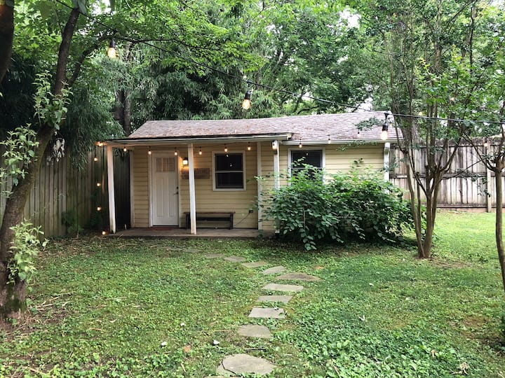 The Woodbine Cottage, a tiny house in Nashville TN