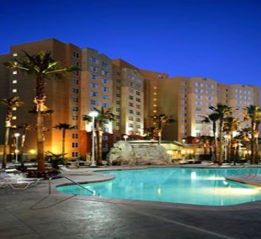 GrandView Resort 8 Day 7 Night Rodeo Week Suite!!