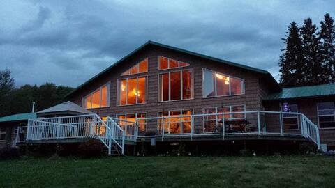Safari River Lakeside Lodge