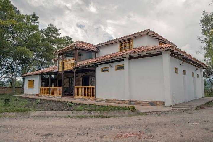 Casona Campestre Tequendama, Villa de Leyva