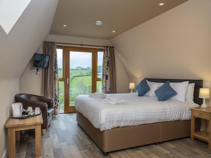 Bluebell - Double Room Lodge, North Molton, Devon
