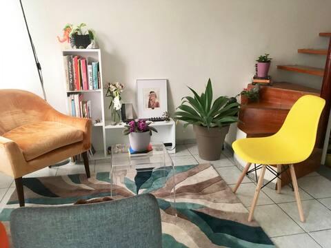 Cozy / Sunny Private Room  close to Miraflores