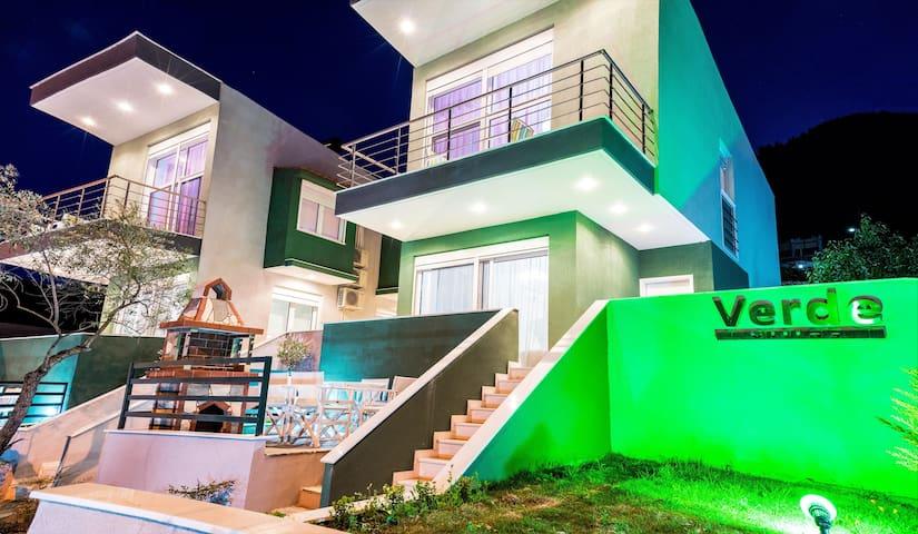 Verde Villa II