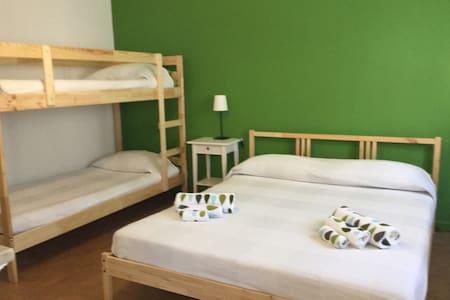 per amanti del trekking appenninico - Quadreggiana - Bed & Breakfast