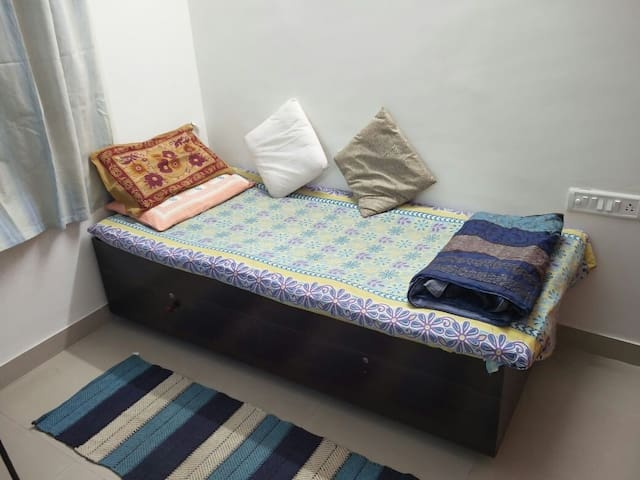 Perfect location to stay with fun loving people - Bengaluru - House
