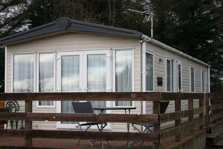 Chalet 10 Dornoch Pitgrudy, 2 Bedroom Chalet - Highland - Chalupa