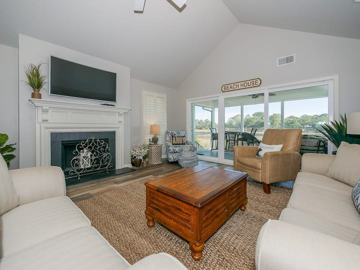 42 Lands End 4Br with Views of Braddock Cove