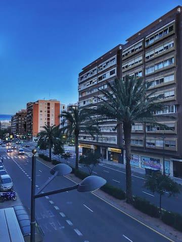 PISO AMPLIO - UBICACIÓN PERFECTA - València - Apartament