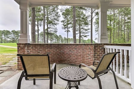 Pet-Friendly Spring Lake Condo w/ Golf Course View