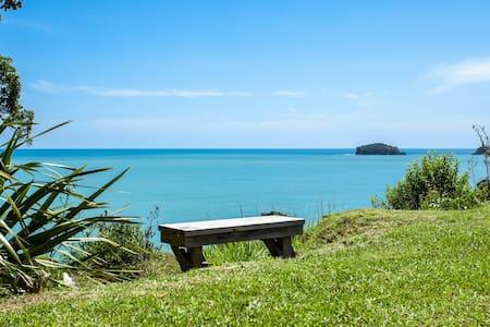 Your Kiwi Holiday Home at Omaio Bay
