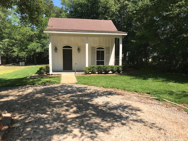 Perfect stay in heart of Daphne