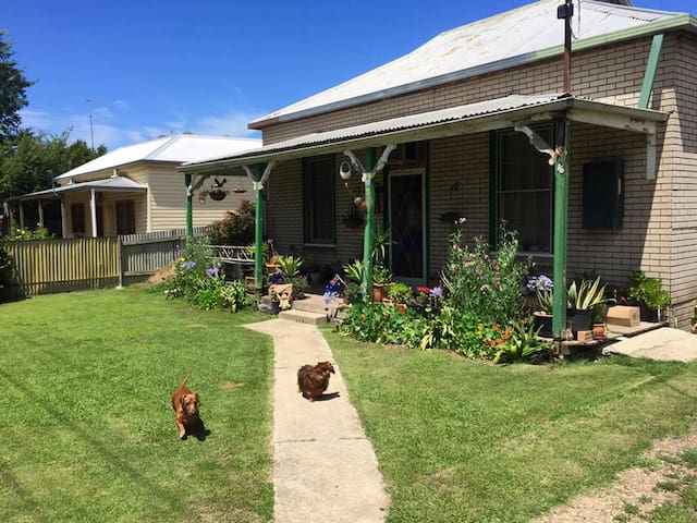 Grandmas - Myrtleford - Haus